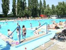 Otvárajú bratislavské kúpaliská