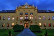Noc na zámku Eckartsau